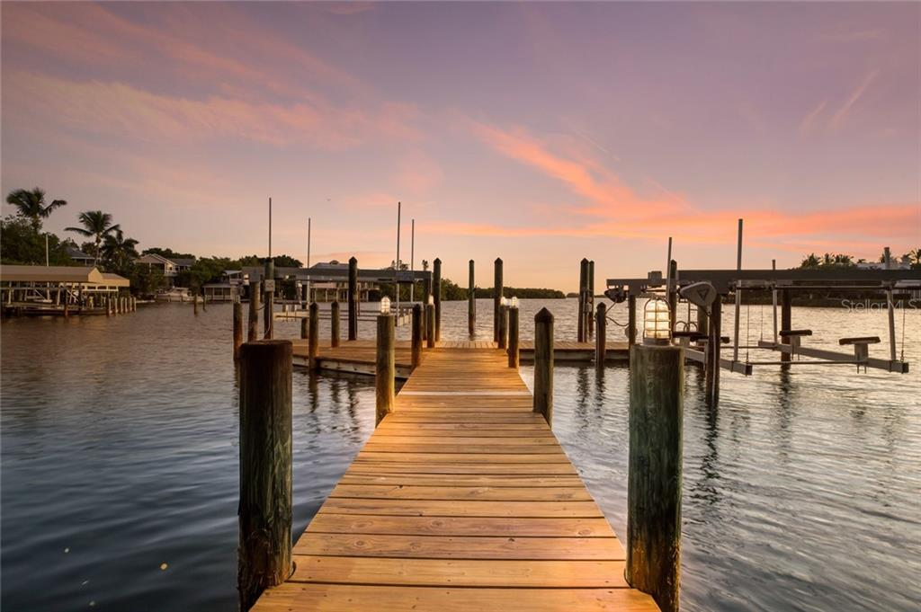 waterfront luxury - dock